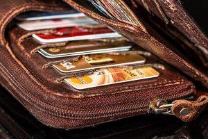Trouver la meilleure carte banque ados pour son enfant