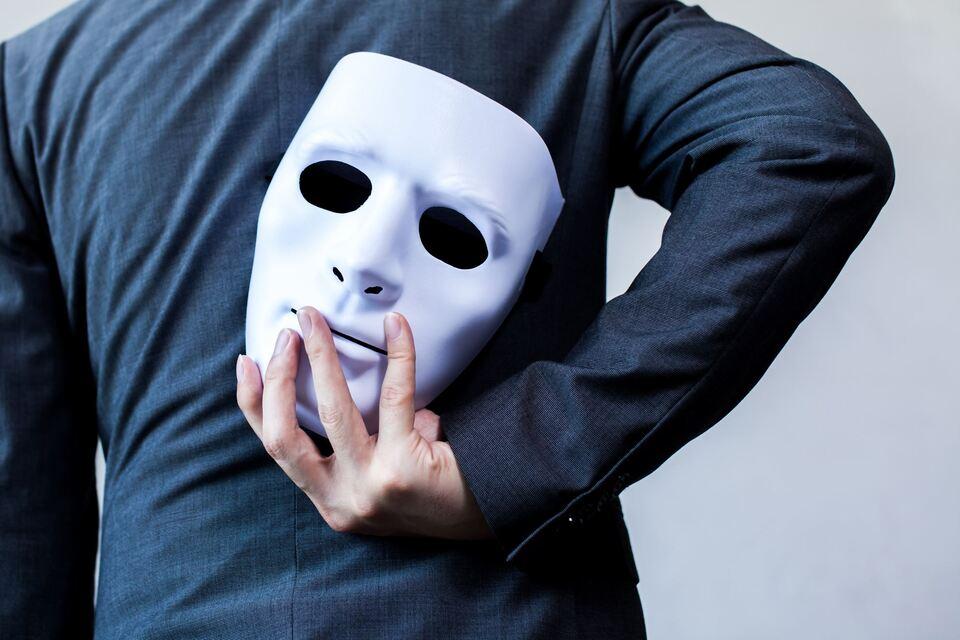 Vivre avec un pervers narcissique: comment vous y prendre?